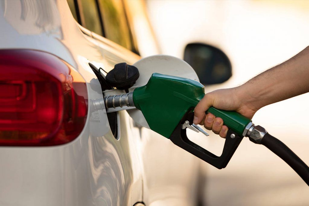 Gasolinas más baratas que al inicio de este gobierno: AMLO